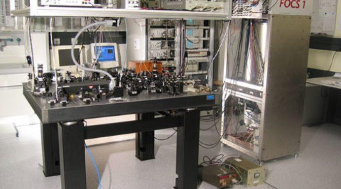 Физики разработали сверхточные атомные часы