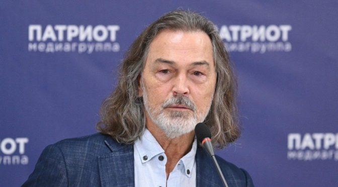 Художник Никас Сафронов вступился за Проклову после скандальных заявлений актрисы